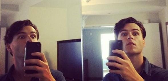 Ezra Koenig forsvarer 'selfies'