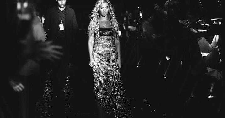 Versace skaber Beyoncé-kostumer