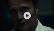 Video: Se Mads Mikkelsen i infight – blodig åbning på 'Hannibal' sæson 2