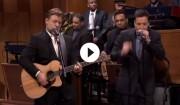 Video: Russell Crowe spiller Johnny Cash hos Jimmy Fallon