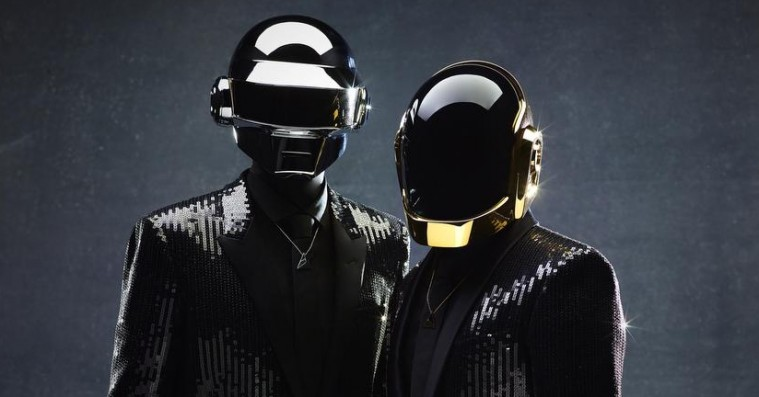 Daft Punk lancerer nyt merchandise – juletræspynt, puslespil og snekugler