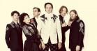 Arcade Fire er tilbage med dommedags-soul på 'I Give You Power' – deres første single i fire år