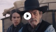 Video: Find danskerne i trailer til Tommy Lee Jones' western