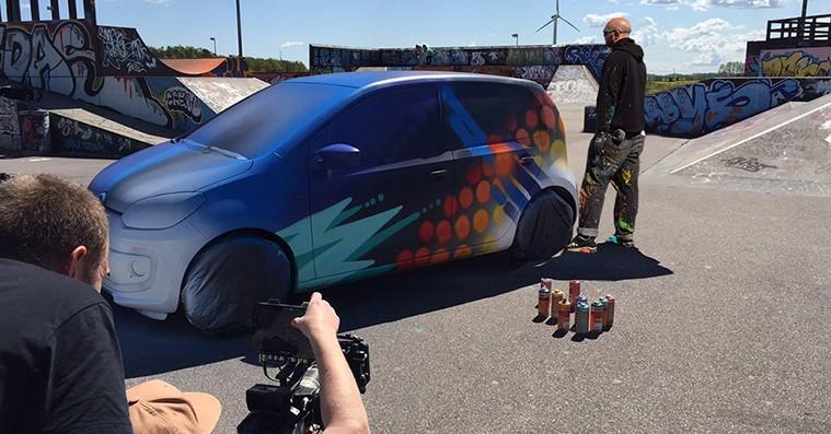 Mød graffiti-kunstneren bag den blærede Roskilde Festival club up!
