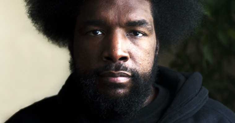 Questlove fra The Roots optrådte iført 'Kanye doesn't care about black people'-t-shirt