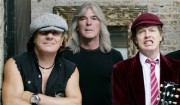AC/DC's rocklokomotiv på autopilot
