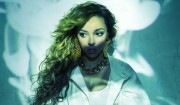 Dagens Top Track: Hør fremstormende Tinashes r'n'b-epos med guitarsolo fra Dev Hynes