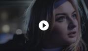 Video: Låpsley indkapsler ungdommens eftertænksomhed