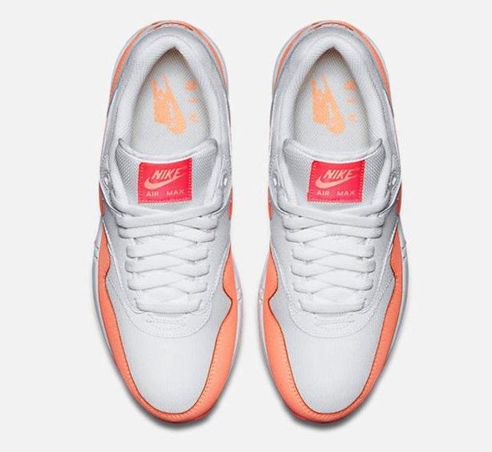 NikeAirMax1Essential