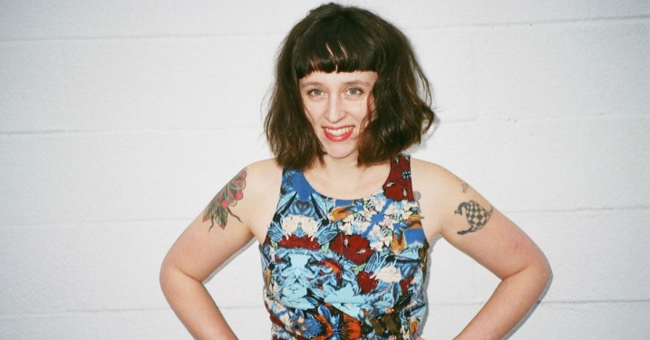 Waxahatchee spidder ekspartner med rocket bredside på 'Out in the Storm'