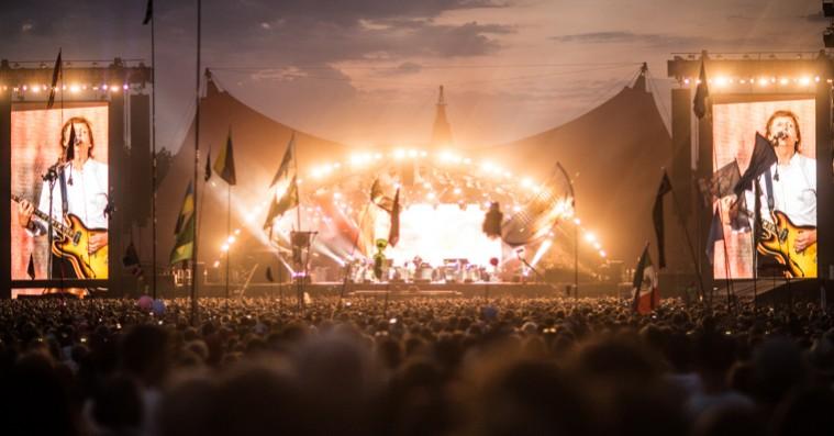 Roskilde Festival afslører nyt pit-system til Orange Scene – kræver nu armbånd at komme forrest