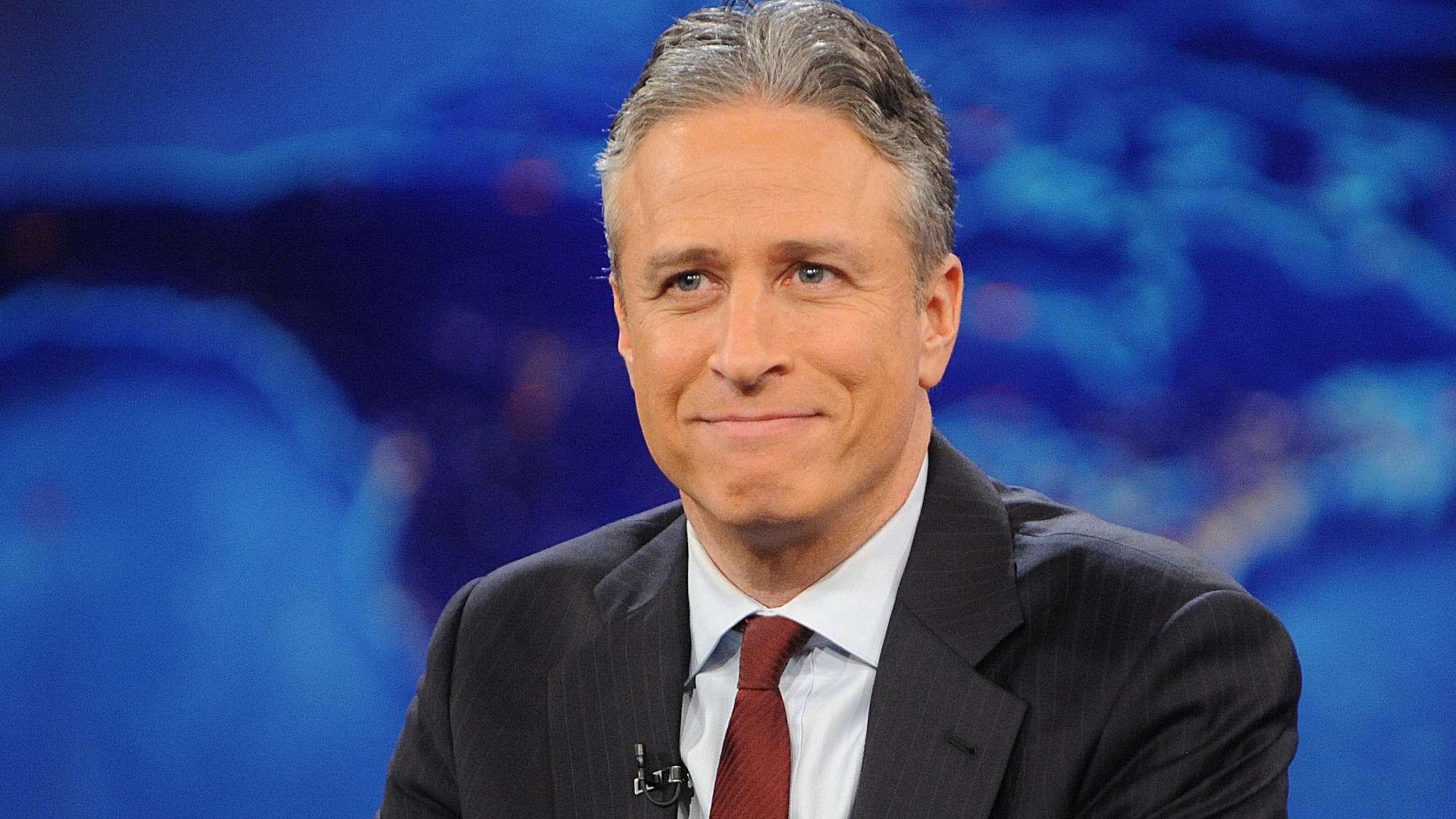 Jon Stewart kører af sporet for åben skærm med kontroversiel konspirationsteori om coronavirus