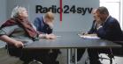 Kirsten Birgit konfronteres med sit alkoholmisbrug af Brügger, Bertelsen og Rasmus Bruun