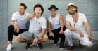 Lukas Graham bader i glitter på ny 'My Little Pony'-single – hør 'Off to See the World'
