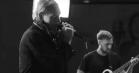 Video: Se Cancers ætsende cover af Toni Braxtons 'Un-Break My Heart'