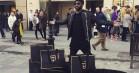 Se internettets reaktioner: Balmain x H&M fik unge i hele verden til at gå amok