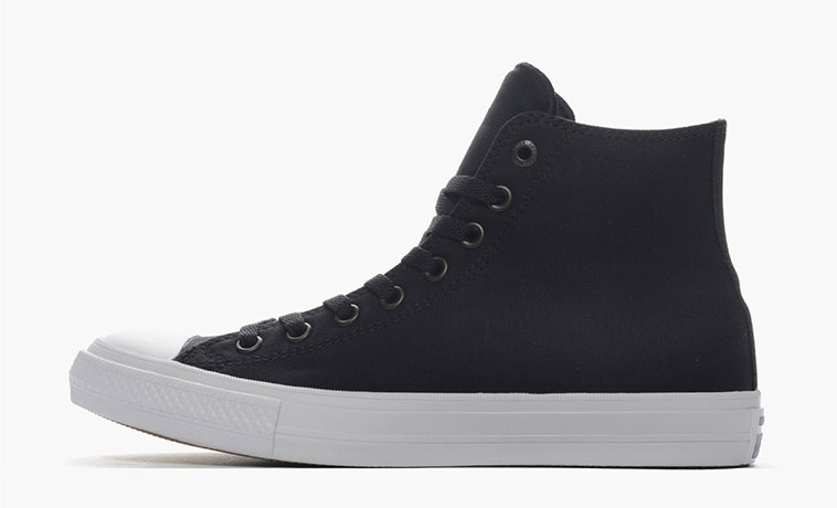 converse-chuck-taylor-all-star-ii-hi-61x50143-black-white-chuck-taylor-ii-modernized-classic