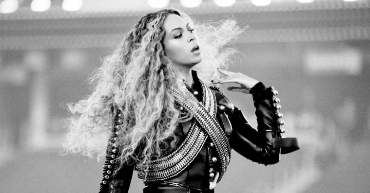 Beyoncé skød sin 'Formation'-turné i gang med 'Lemonade'-tracks og 'Purple Rain'-cover