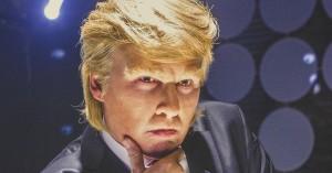 'Donald Trump's The Art of Making a Deal': Depp som Trump i gennemført 80'er-stil