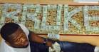 Slut med beefs og veloplagt ironi: 50 Cent forlader sin Instagram – beskyldt for at posere med falske penge