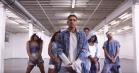 Iggy Azalea vender tilbage med hårdtslående nyt track og dansevideo, 'Team'
