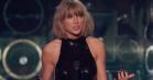 Taylor Swift var den store vinder til iHeartRadio Music Awards – se Bieber og Zayn optræde