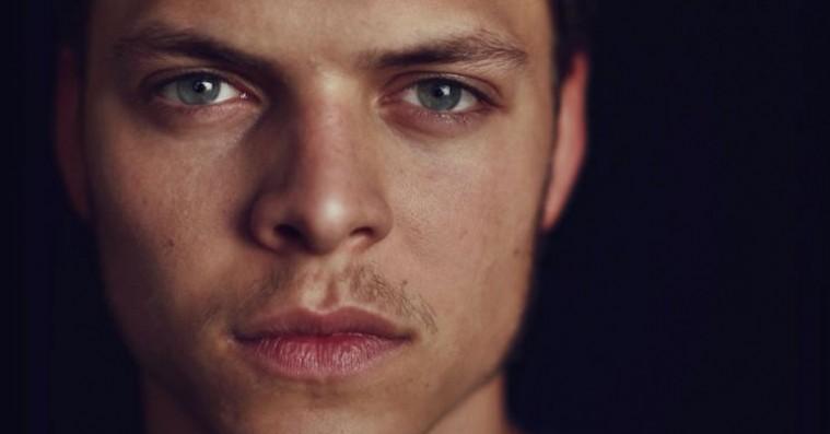 Alex Høgh Andersen lander første store rolle efter 'Vikings' – i ventet dansk krigsfilm