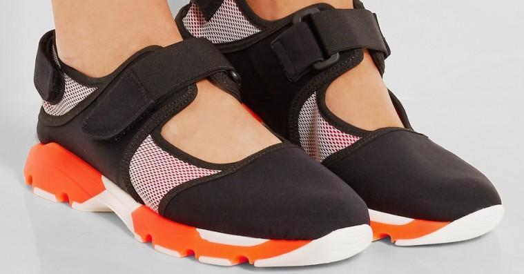 Sommeren kalder på luftige sneakers – 10 flotte par til kvinder