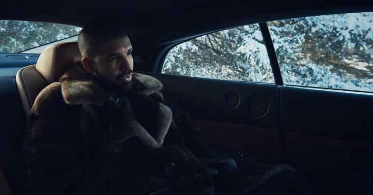 Se den fulde credit-liste til Drakes 'Views' – dedikerer albummet til kræftramt barn