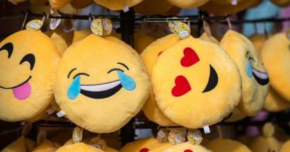 Baggrund: Hvem er det, der føder nye emojis – og hvor bliver bacon-emojien af?