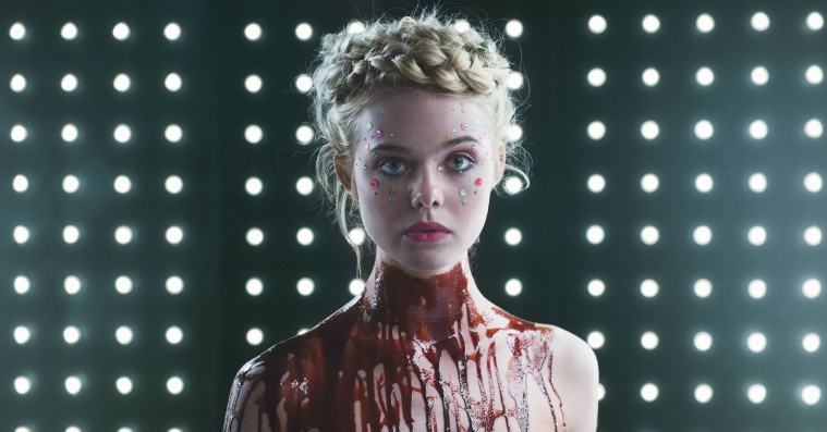 Ikke-anmeldelse: 'The Neon Demon' er Nicolas Winding Refns mest visuelt overvældende film