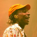 Wiz Khalifa på Roskilde Festival – charmerende stoner med trivielle tricks