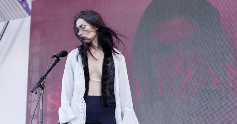 Roskilde Festival: Soho Rezanejad holdt sin egen lukkede synthfest