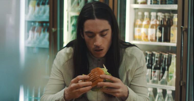 Makkerpar bag Blondage-video: »Den ligegyldige burger i New York er et kip med hatten til Jørgen Leth«