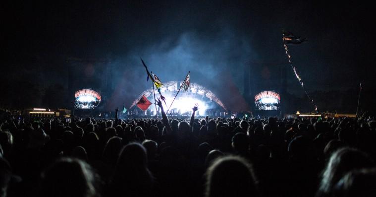 Roskilde Festival afslører det fulde program – 77 nye navne på plakaten