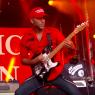 Moshpit hos Kimmel: Se Prophets of Rage spille 'Killing in the Name Of'