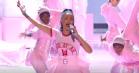 Storstilet hitparade: Se Rihannas stærke medley-shows fra VMA