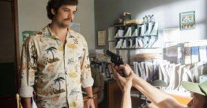 Ny trailer: Jagten på Pablo Escobar udvikler sig til borgerkrig i hårdtpumpet anden sæson af 'Narcos'