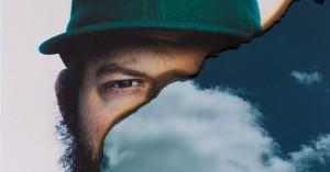 Bon Iver-mysteriet er løst! Nyt album fik premiere via en ghettoblaster på Grønttorvet