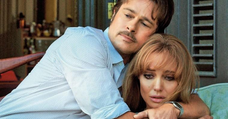 Kærlighed er død: Angelina Jolie og Brad Pitt skal skilles og internettet står i flammer
