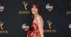 Hari Nef styrede den røde løber ved Emmy Awards – på flere måder