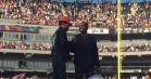 Kanye dukker uanmeldt op til Chance the Rappers Chicago-festival – se deres episke optræden med 'Ultralight Beam'