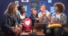 'Stranger Things'-børnene tester deres 80'er-paratviden på Facebook Live