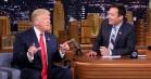 Jimmy Fallon svarer på kritik af harmløst-hyggeligt Trump-interview