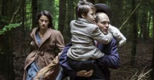 'Fuglene over sundet': David Dencik og Danica Curcic er intense i nuanceret andenverdenskrigsfilm