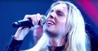 Se Mø spille 'Final Song' i legendarisk musikshow i England