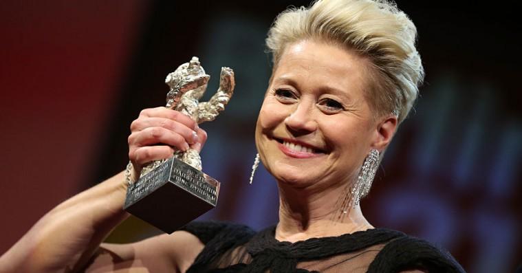 Trine Dyrholm og Victoria Carmen Sonne medvirker i dansk instruktørtalents spillefilmsdebut