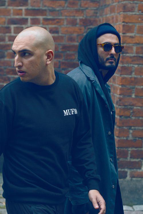 Reza Etamadi, til højre, og hans nevø, Niko, står bag Muf10