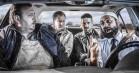 Sexfikserede Ulrich Thomsen og Nicolas Bro hyrer en lejemorder i 'Dræberne fra Nibe' – se traileren