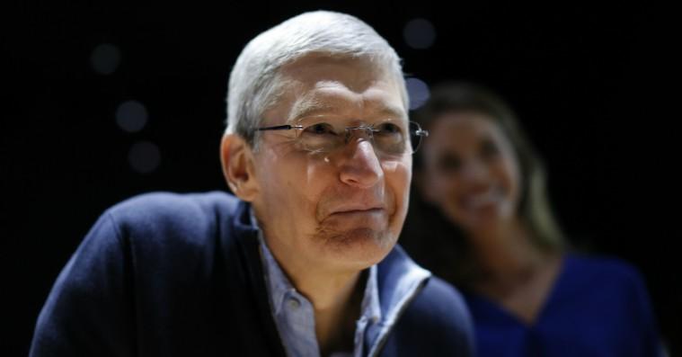 Tim Cook modsætter sig Trumps menneskesyn i stærkt brev til Apple-medarbejdere